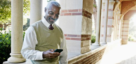 Teachers Use Tossable Digits to Call Parents and Protect Your Number - Feature